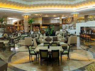 โรงแรมเซ็นจูรี พาร์ค มะนิลา - ภัตตาคาร