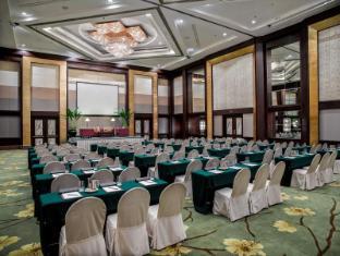 Diamond Hotel Manila - Ballroom - Classroom Set-up