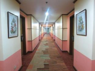 Pearl Manila Hotel Manila - Hallway