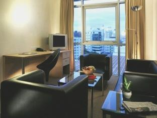 Bayview Hotel Singapore - Junior Suite