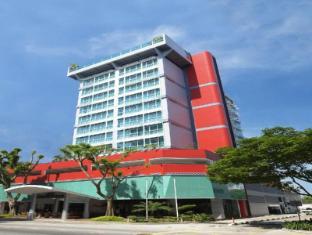 Bayview Hotel Singapore - Hotel Facade