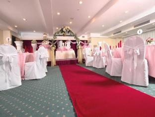 Bayview Hotel Singapore - Function Room (Wedding Setup)