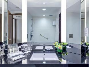 Holiday Inn Singapore Atrium Singapore - Executive Room - Bathroom