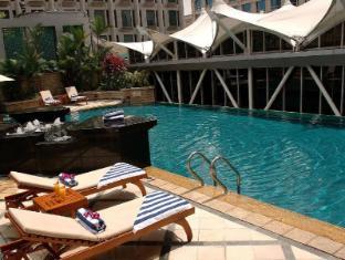 Peninsula Excelsior Hotel Singapour - Piscine