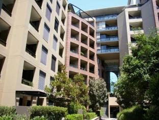 Pyrmont Furnished Apartments D401 Point Street