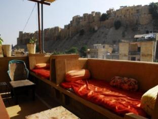 /hotel-star-haveli/hotel/jaisalmer-in.html?asq=jGXBHFvRg5Z51Emf%2fbXG4w%3d%3d