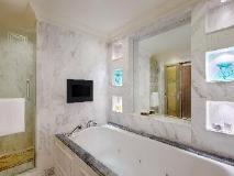 Singapore Hotel | bathroom