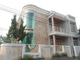 Mak Jeng Guest House Cibaduyut Bandung