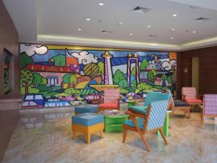 Maxone Hotels at Pemuda Jakarta