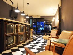 Chicroom Phuket Town Hotel