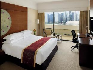/fi-fi/marina-mandarin-singapore-hotel/hotel/singapore-sg.html?asq=b6flotzfTwJasTr423srr%2bSbh5S9GPf1NocI%2fnWqoriKP%2bGlDqMmDQ1hV9fDdaFHiIC8LJgIPP9yzYoEy%2fvY1z0otQ%2fsXt8dgfea8VyYVzGuy4CUCZ%2bTXj7xnQJFXka4