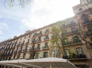 Rambla de Catalunya 9 Bedroom Apartment