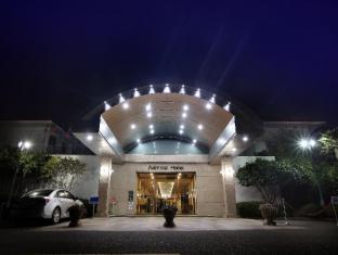 /admiral-hotel/hotel/geoje-si-kr.html?asq=jGXBHFvRg5Z51Emf%2fbXG4w%3d%3d