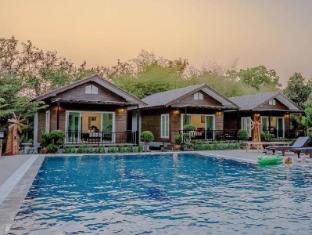 Monmhai Resort