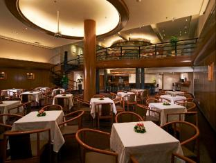 York Hotel Singapore - Nhà hàng