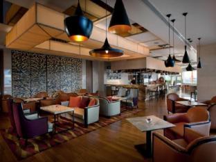 Amari Watergate Hotel Bangkok - Cascade