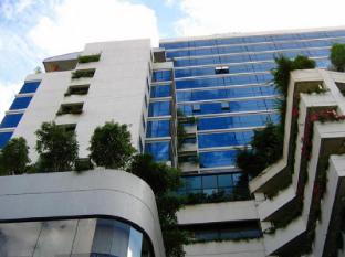 Four Wings Hotel Bangkok - Hotel building