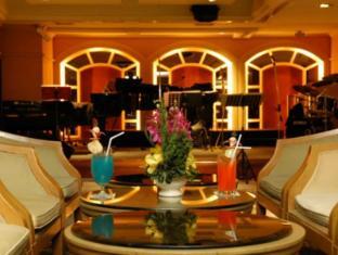 Imperial Queen's Park Hotel Bangkok - Pub/Lounge