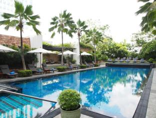 JW Marriott Hotel Bangkok Bangkok - Swimming Pool