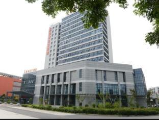 /greentree-inn-eastern-yancheng-administration-center-hotel/hotel/yancheng-cn.html?asq=jGXBHFvRg5Z51Emf%2fbXG4w%3d%3d