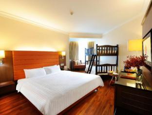 Rembrandt Hotel Bangkok - Family Room