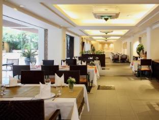Twin Towers Hotel Bangkok - RimRaya