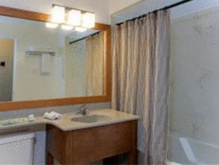 /th-th/greenbrier-hotel/hotel/vancouver-bc-ca.html?asq=m%2fbyhfkMbKpCH%2fFCE136qXvKOxB%2faxQhPDi9Z0MqblZXoOOZWbIp%2fe0Xh701DT9A