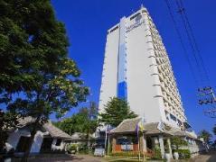 Hua Hin Blue Wave Beach Resort | Hua Hin / Cha-am Hotel Discounts Thailand