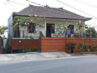 巴厘岛科斯特迪斯泰旅馆