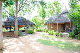 /vista-rooms-at-shanthi-guest-house/hotel/hampi-in.html?asq=jGXBHFvRg5Z51Emf%2fbXG4w%3d%3d