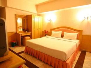 13 Coins Airport Hotel Minburi Bangkok - Guest Room