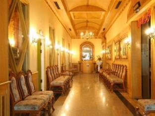13 Coins Airport Hotel Minburi Bangkok - Interior