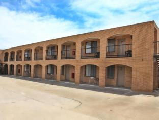 /lake-mulwala-hotel-motel/hotel/yarrawonga-au.html?asq=jGXBHFvRg5Z51Emf%2fbXG4w%3d%3d
