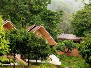 /les-robinsons-de-ranong-resort/hotel/ranong-th.html?asq=jGXBHFvRg5Z51Emf%2fbXG4w%3d%3d