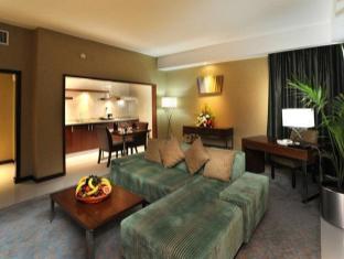 Howard Johnson Hotel Abu Dhabi - Suite