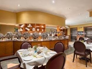 Howard Johnson Hotel Abu Dhabi - Restaurant