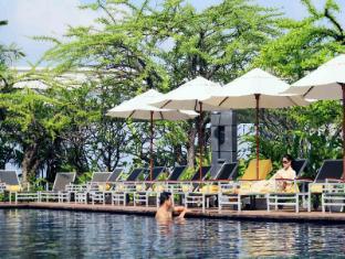 센타라 그랜드 앳 센트럴 월드 호텔 방콕 - 수영장