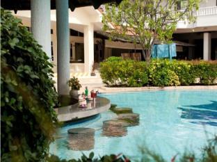 Aonang Villa Resort Krabi - Dolphin Pool Bar