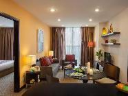 חדר אקזקיוטיב עם חדר שינה אחד