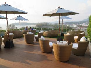 Sugar Palm Grand Hillside Hotel Phuket - Restaurace