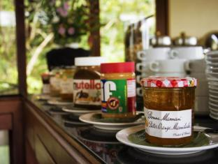 Ayara Kamala Resort Phuket - Breakfast Jam & Condiments