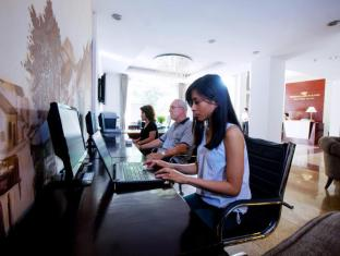 Medallion Hanoi Hotel Hanoi - Business Center
