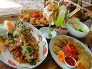 Phi Phi Relax Beach Resort Koh Phi Phi - Food and Beverages