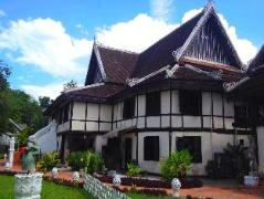 Ramayana Boutique Hotel | Laos Budget Hotels