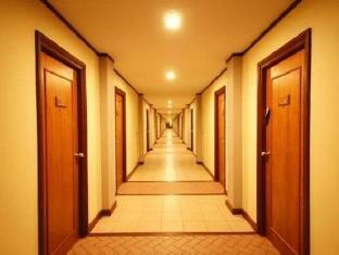 Botany Beach Resort Паттайя - Интерьер отеля