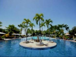 Botany Beach Resort Паттайя - Бассейн