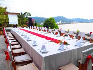 Secret Cliff Resort & Restaurant Phuket - Restaurace