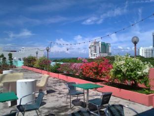 Hotel Mingood Penang - Sea view Roof Garden