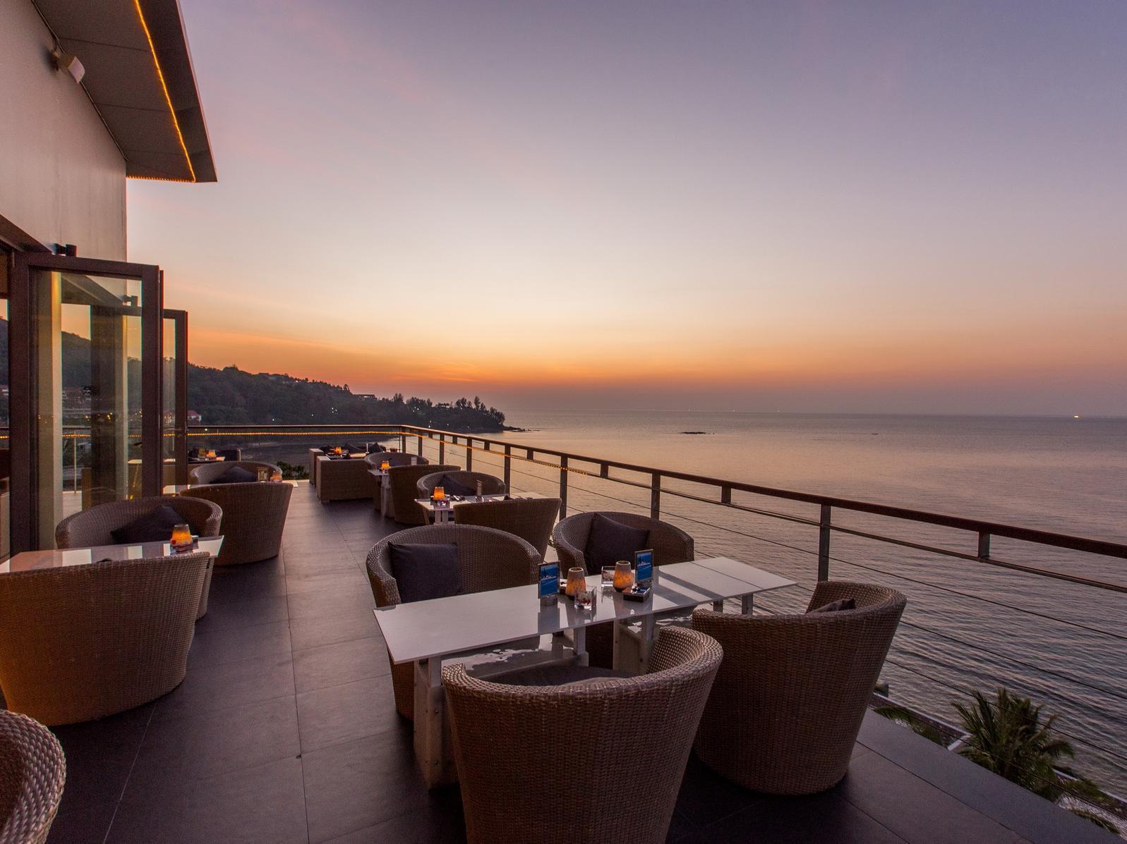Cape Sienna Phuket Hotel and Villas11