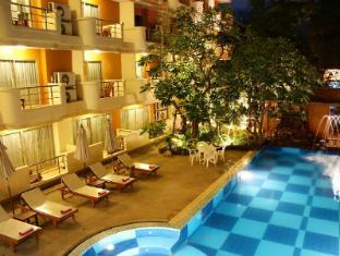 Bella Villa Prima Hotel Pattaya - Swimming Pool